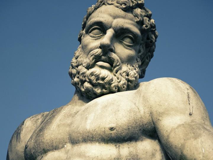 Un asalto a las columnas de Hércules novelado