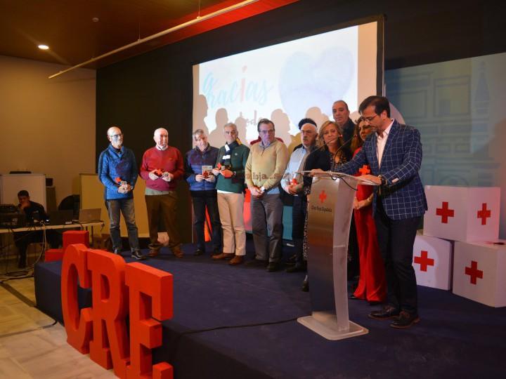 Homenaje a socios y voluntarias de la Cruz Roja